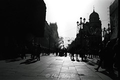 Siluetas... (Eloy61) Tags: filmisnotdead analoguephotography pentaxmesuper ilfordelta100 light moment