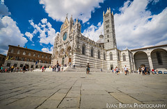 Duomo di Siena (Ivo.Berta) Tags: italy italia europe city town building architecture old history white blue sky cloud clouds color colors colour colours people summer holiday vacation amazing awesome