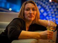 Andrea, Amsterdam 2019: Chilled (mdiepraam) Tags: andrea amsterdam 2019 aitanahotel portrait pretty attractive beautiful elegant classy gorgeous dutch blonde girl woman lady milf naturalglamour chair lounge whitewine