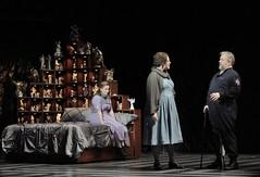 Rigoletto comes home to Gilda and Giovanna