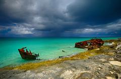 Storm approaching in Bimini, Bahamas (` Toshio ') Tags: toshio bimini bahamas ship shipwreck island caribbean storm beach clouds rain atlantic ocean fujixt2 fuji xt2