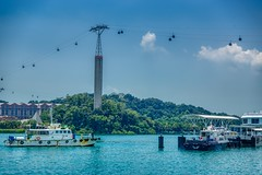 Singapore harbour with cable car to Sentosa island (UweBKK (α 77 on )) Tags: singapore southeast asia sony alpha 77 slt dslr city urban harbour harbourfront boat ship pier water cable car sentosa island