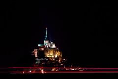 By night (Thierry De Neys - Photographies) Tags: thierrydeneys normandie montsaintmichel photodenuit nightshoot lumière siteexceptionnel patrimoine