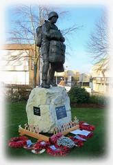 In recognition * (new Statue) (John(cardwellpix)) Tags: in recognition statue special relationship between the parachute regiment air forces aldershot home british army 1946 2000 sculptor goodman ~2019