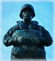 In recognition ~ new Statue * (John(cardwellpix)) Tags: in recognition new statue 7135 special relationship between the parachute regiment air forces aldershot home british army 1946 2000 sculptor goodman ~2019 ~