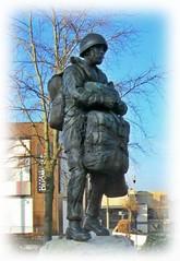 New Paratrooper Statue - Aldershot * (John(cardwellpix)) Tags: new paratrooper statue aldershot recognition special relationship between the parachute regiment air forces home british army 1946 2000 sculptor goodman ~2019