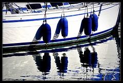 Blanc bleu (bleumarie) Tags: 11janvier2020 hiver20192020 janvier2020 leracou littoralméditerranéen mariebousquet nikond90 suddelafrance argelès bleu bleumarie catalogne eau france hiver janvier languedocroussillon littoral méditerranée méridional mer midi nature nikon occitanie paysage port portargelès pyrénéesorientales roussillon sud