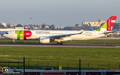 TAP Air Portugal (Guilherme_Martinez) Tags: aircraft airbus airbuslovers adorable sky summer sun sunset family follow followme lisboa lisbon love lovers like planespotting passion portugal beautiful best boeing boeinglovers avioes me military emirates holidays hobbie hobby show