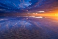 Perfect (Ellen van den Doel) Tags: sky zonsopkomst sunrise color nature nederland januari netherlands goereeoverfklakkee 2020 clouds lucht morning outdoor zonsopgang natuur landschap goeree overflakkee landscape wolken