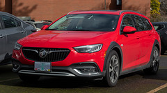 2019 Buick Regal TourX (mlokren) Tags: 2020 car spotting photo photography photos pic picture pics pictures pacific northwest pnw pacnw oregon usa vehicle vehicles vehicular automobile automobiles automotive transportation outdoor outdoors gm general motors station wagon 2019 buick regal tourx red