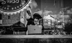 LishBakery (Peter M. Meijer) Tags: 202002 ricohgr3 ricohgriii rotterdam holland street straat strada strasse callejera people candid wideangle man woman bw throughthewindow