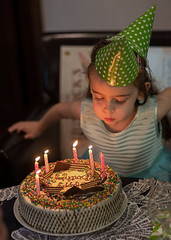 Party girl (OzzRod) Tags: pentax k1 smcpentaxfa77mmf17 birthday party celebration cake candles