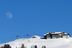 moon over Nassfeld (Wolfgang Binder) Tags: moon sky winter skiing resort skiingresort nassfeld carinthia austria snow nikon z50