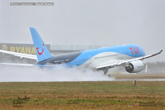 TUI G-TUIM Boeing 787-9 Dreamliner departing London Stansted Airport during Storm Ciara (bananamanuk79) Tags: planewatch aviation airplane airport london flying flight avgeek airways flyer flyers airplanes aicraft airlines planespotter stansted stn planes storm stormciara tui tuiair b787 boeing787 dreamliner gtuim