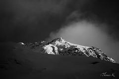 DSC08094 (Ptittomtompics) Tags: pralognanlavanoise alpes france landscape montagne nature neige nuage paysage sky snow snowscape sommet summit noiretblanc blackandwhite bnw bw nb monochrome
