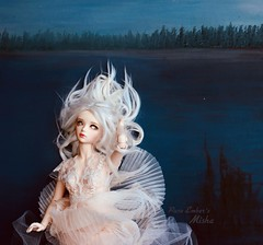 Pleats (pure_embers) Tags: pure embers laura england resin bjd msd jid junior doll dolls iplehouse cordelia uk girl iplehousecordelia pureembers embersmisha misha photography photo ball joint white alpaca hair ghost eyes portrait water