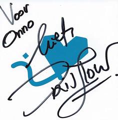 Iris Hond: Home (onno de wit) Tags: irishond piano home nederland netherlands handtekening signature liefs