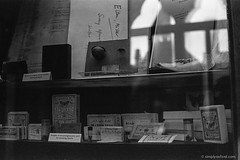 20180117_Nat-Hist_Museum_Electro35_TMAX400_XTOL_36A_web (Bossnas) Tags: 2018 35mm bw electro35 expired film kodak lunchhour naturalhistorymuseum oxford pakon tmax400 xtol yashica