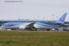 TUI G-TUIM Boeing 787-9 Dreamliner departing London Stansted Airport divert from LGW during Storm Ciara (bananamanuk79) Tags: planewatch aviation airplane airport london flying flight avgeek airways flyer flyers airplanes aicraft airlines planespotter stansted stn planes storm stormciara tui tuiair b787 boeing787 dreamliner gtuim