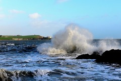 Roches point lighthouse (kevindaly24) Tags: wildatlanticway seascapes actionphotography ireland countryside countycork nikond800 nikon2470f28