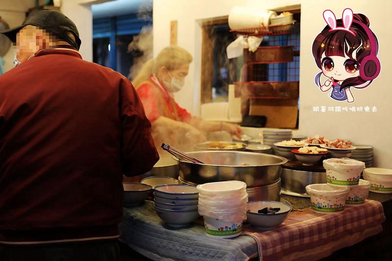 延三夜市灶頂原汁排骨湯高麗菜飯07