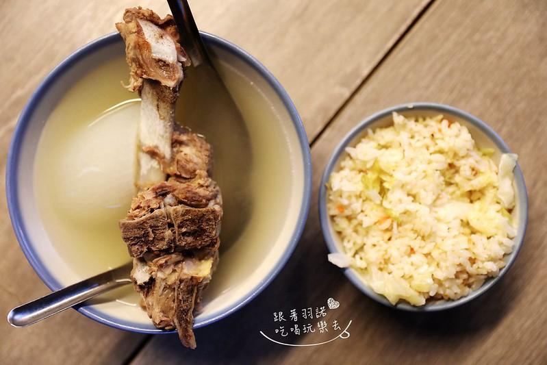 延三夜市灶頂原汁排骨湯高麗菜飯27