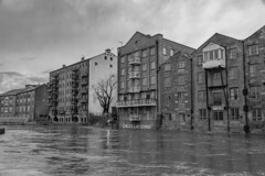 20200209_FebJanMixRdHyLdsTmpFloods_7181bw (ShakeyDave) Tags: leeds winter d750 nikon david stevens shakeydave west yorkshire 2020 jan feb floods flood water river rain storm ciara