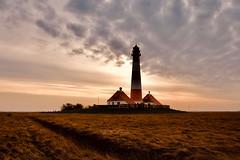 Sunrise Westerheversand (kuestenkind) Tags: sonnenaufgang sunrise westerheversand leuchtturm lighthouse spo norddeutschland schleswigholstein northgermany sonne wolken stpeterording nordsee northsea westerhever