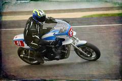 International Island Classic (Thunder1203) Tags: suzukigs1000 canonsportsphotography classicbikes internationalislandclassic motorcycleracing motorsport phillipislandcircuit sonyrx10m4 headonshot historicmotorsport panningshot phillipislandgpcircuit sportsphotography victoria australia