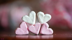 #Five - 8075 (✵ΨᗩSᗰIᘉᗴ HᗴᘉS✵92 000 000 THXS) Tags: five 5 cinquo cinq happycrazytuesday crazytuesdaytheme crazytuesday sweet yummy guimauve sugar heart coeur valentin valentine valentineday pink love like belgium europa aaa namuroise look photo friends be yasminehens interest eu fr 123faves party greatphotographers lanamuroise flickering challenge sony sonyrx10m3