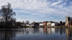 Isleworth – Still in London proper (marc.barrot) Tags: uk reflection london landscape riverthames hounslow isleworth tw7 x100f