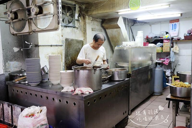 王家刀切麵信維市場推薦牛肉麵手工現做的刀切麵大安站美食06
