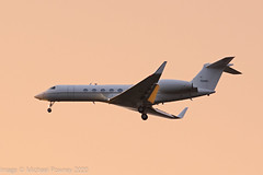 97-0401 - 1998 build Gulfstream 5 (C-37A), dusk arrival at Manchester at the tail end of a heavy hail shower (egcc) Tags: 542 70401 970401 bizjet c37a egcc gulfstream lightroom man manchester ringway sam053 usairforce usaf