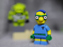 Fallout Boy and a Mutant Pig (DayBreak.Images) Tags: tabletop toys lego minifigures simpsons falloutboy mutant pig canondslr lensbabysol45 extensiontube ringlight