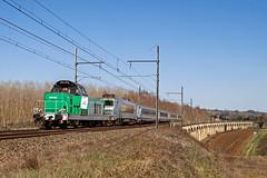 23 mars 2012  BB 66200-7287  Train 511714 Marmande -> Bordeaux-St-Jean  Langon (33) (Anthony Querleau) Tags: fret france infra bb66200 bb66000 bb7200 ferroviaire gironde aquitaine ter train sncf 23mars2012bb662007287train511714marmandebordeauxstjeanlangon