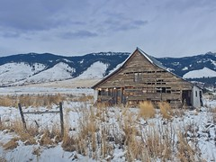 Winter Barn Mountains 8398 A (jim.choate59) Tags: jchoate on1pics barn decay ruraldecay agriculture coveoregon wallowamountains unioncounty snow winter fence cloudy dreary d610 cold mountains