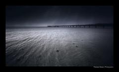 MEER & MEHR (herbert thomas hesse) Tags: hth meer see ostsee wasser steg seebrücke pier sw monochrom schwarzweiss bw