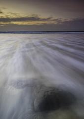Ghost Rock (Julien Bihan) Tags: plage beach nature outside vagues waves canon nisi leconquet lesblancssablons
