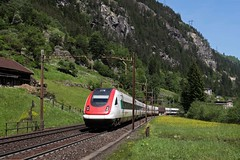 SBB RABDe 500 - CIS 10017 Zürich HB - Lugano  - Gurtnellen (Rene_Potsdam) Tags: sbb gurtnellen rabde500 cis schweiz suisse switzerland zwitserland europe europa railroad treinen trains trenes treni tren züge spoorwegen