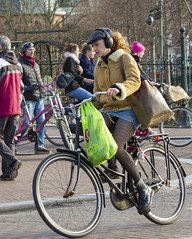 fast (Henk Overbeeke Atelier54) Tags: girl street candid bike bicycle bicicletta vélo fiets fahrrad longhair tights miniskirt drmartens boots cap earphone