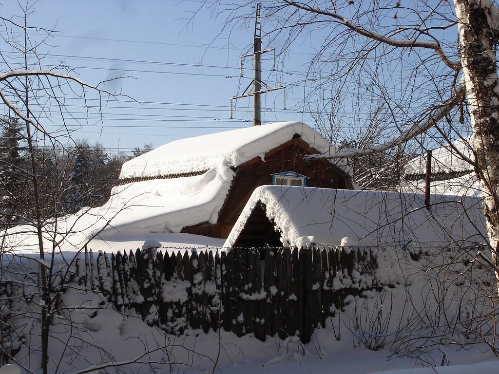 фото: Дачные домики в снегу