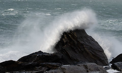 500_3134b (Andrew Wilson 70) Tags: stormciara lighthouse cromwellpoint kerry ringofkerry waves storm sea valentialighthouse wildatlanticway