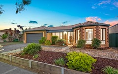 11 Greenock Crescent, Cranbourne East VIC