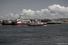 Hafenszene Hvide Sande 1 (günter mengedoth) Tags: smcpentaxda1855mmf3556alwr smc pentaxda 1855mm f3556 al wr pentax pk wolken wasser himmel hafen schiff hvidesande dänemark jütland nordsee