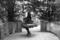 Elodie (BenoitGEETS-Photography) Tags: d610 nikon nikonpassion tamron 2470 mons vauxhall younglady jeunefemme pont bridge bw bn noiretblanc nb dancer danseuse dot point pois