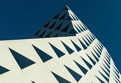 A symphony of triangles (jefvandenhoute) Tags: belgië belgium antwerpen light geometric shapes triangle