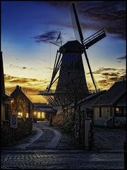 Early in the morning (glessew) Tags: burghhaamstede molen moulin windmill mühle sunrise zonsopkomst zeeland schouwenduiveland