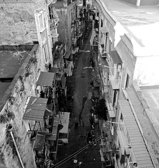 Napoli vicoli ...the sun does not heat (Antonio Piccialli) Tags: 2020 febbraio vicolidinapoli vicolo explore explored fluidr fluidrexplored flickr flickrclickx centrostorico blackandwhite bianconero bwartaward blackwhite bn bw canonixus155 naples inverno winter