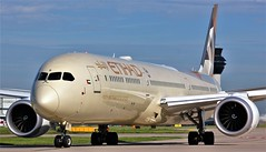 A6-BMB (AnDyMHoLdEn) Tags: etihad 787 dreamliner egcc airport manchester manchesterairport 23l