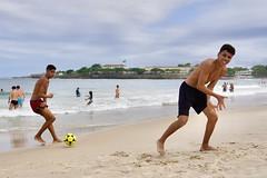 Happy boys (alobos life) Tags: smile friends happy players ball copacabana nice beautiful cute brazilians boys garotos rio de janeiro brasil brazil beach playa mar sea